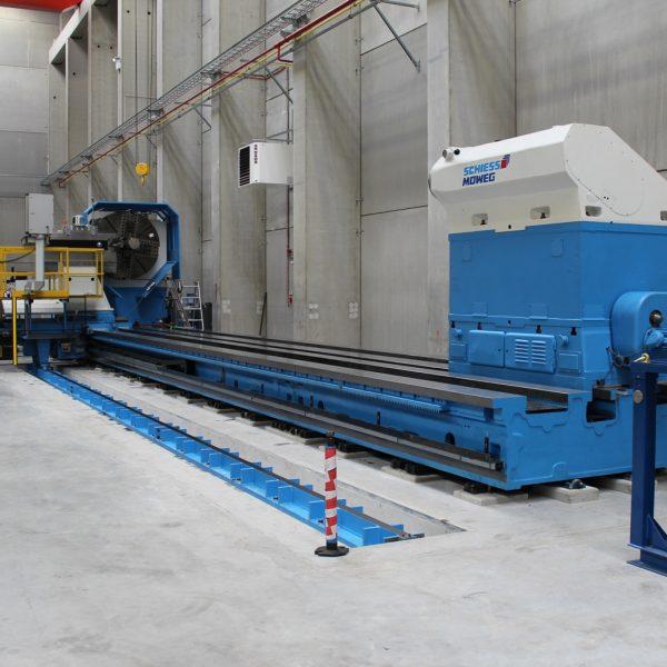 CNC-Schwerdrehmaschine-KRAMATORSK-Abnahme-beim-Kunden-in-Belgien