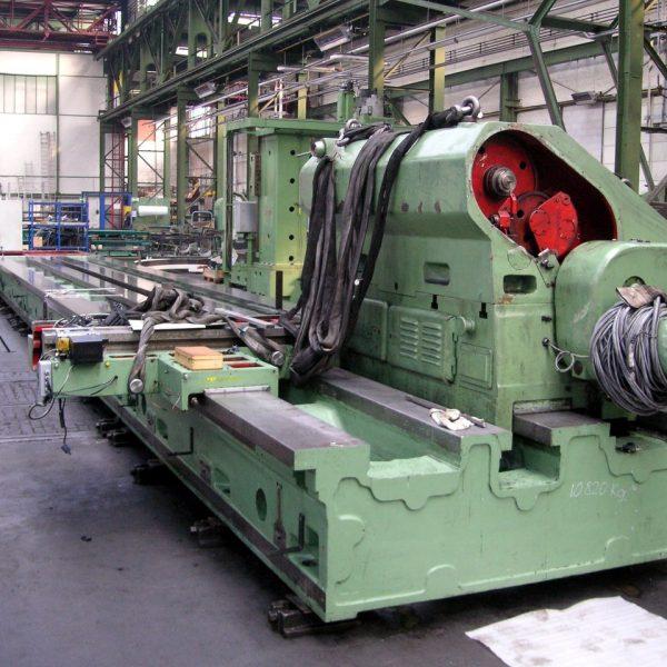CNC-Schwerdrehmaschine-KRAMATORSK-im-Rohzustand